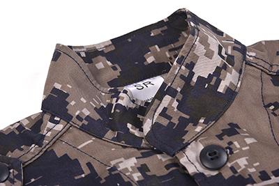 Military combat uniform